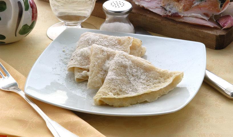 Borlengo tradizionale con lardo e Grana: un antipasto sensazionale!